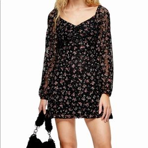 NWT TOPSHOP PETITE Floral Lace Gypsy Mini Dress